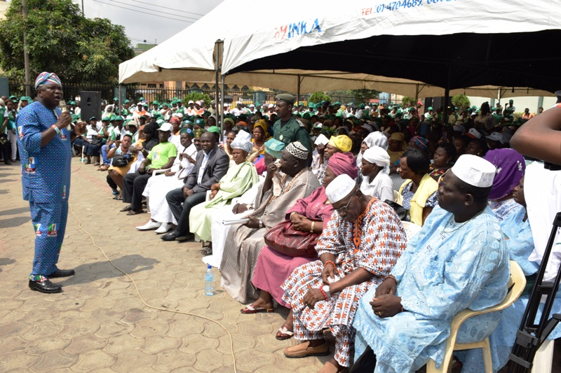 Community Healthcare Groups and Traditional Medicine Practitioners Pledge Support for Ambode