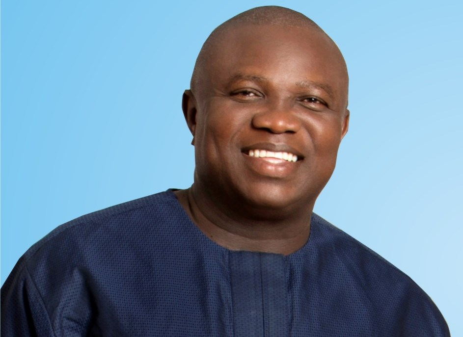 Governor Akinwunmi Ambode Tasks LG Bosses On Rehabilitation of Inner Roads, Government to Deliver At Least Two Roads Per Council