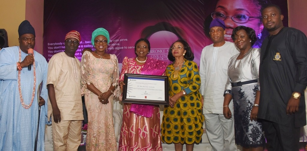 -L: Director, Governance, Leadership, Economic, Environmental & Human Development (GLEEHD), Mr. Dayo Isreal, Lagos State Head of Service, Mrs. Olabowale Ademola; Secretary to the State Government, Mr. Tunji Bello; the Yeye Oge of Lagos, Chief (Mrs.) Opral Benson; Celebrant, Dr. Ibironke Sodeinde; Wife of Lagos State Governor, Mrs. Bolanle Ambode; Special Adviser to the Governor, Public Works Corporation, Engr. Ayotunde Sodeinde and Head of Idejo Family, Chief Fatia Olumegbon during a special recognition of meritorious service in the Lagos State Civil Service for Dr. Sodeinde, at the Adeyemi Bero Auditorium, Alausa, Ikeja, on Tuesday, June 7, 2016.