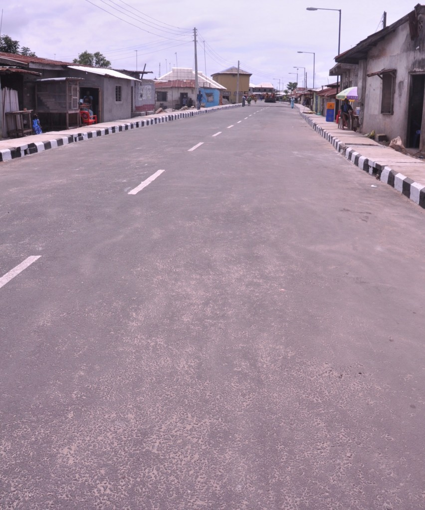 This is Hundeyin Street in Badagry Local Government. The new road is 350m long and 8m wide