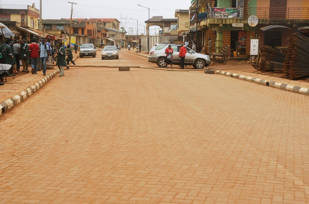 This is Ajelanwa, Baruwa road in Ayobo-Ipaja Local Council Development Area. The new road is 570m long and 10m wide.