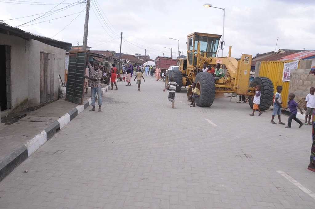 This is Erejuwa Street, Makoko in Yaba LCDA, the newly constructed road is 373m long and 7.5m wide.