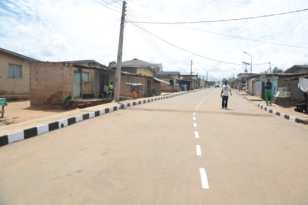 This is Owodunni Street, Agbado-Okeodo Local Council Development Area. The new road s 420m and 8m wide.