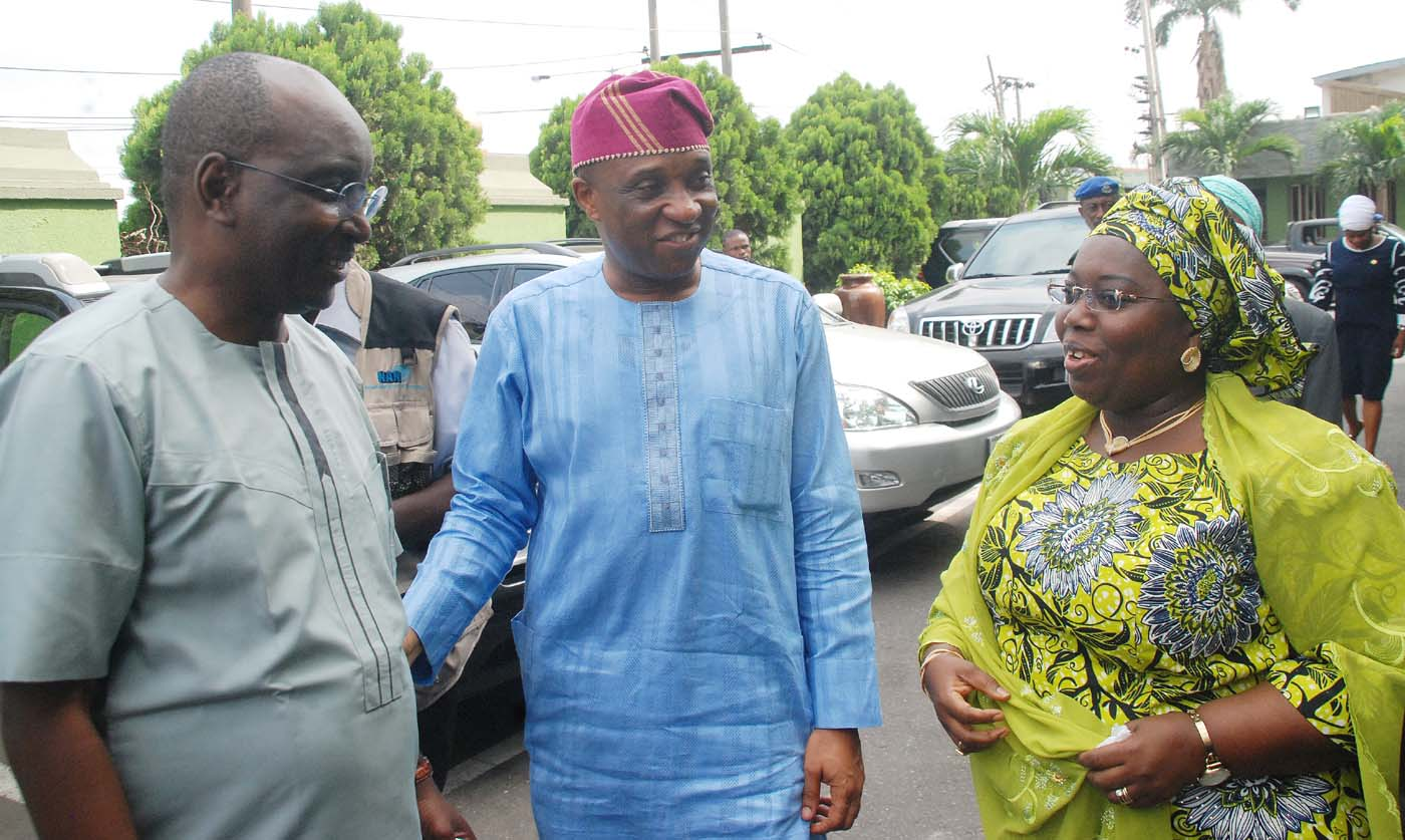 "R-L: Deputy Governor, Lagos State, Dr. Oluranti Adebule; Secretary to the State Government and Chief host, Mr. Tunji Bello and the Director General, Progressive Governors' Forum, Mr. Salihu Mohammed Lukman, during the Inaugural quarterly meeting of All Progressive Congress (APC) Secretaries to governments of states, theme: ""Setting Strategic Implementation Framework for Social Development'',  in Alausa, Ikeja Lagos…..yesterday 16-03-2017 KOLA OLASUPO"