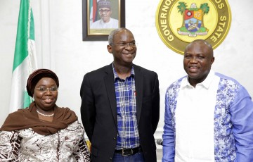 Pictures: The Former Governor Of Lagos State And The Current Honourable Minister Of Works, Power And Housing Mr. Babatunde Raji Fashola (SAN) Visits Lagos House, Ikeja