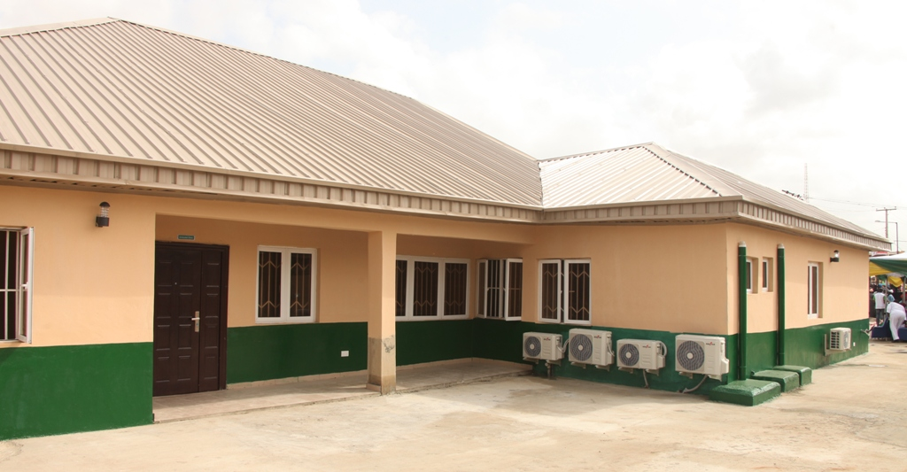 The newly built and commissioned Asiwaju Bola Ahmed Tinubu Comprehensive Primary Health Care Centre at Church Street, Agbelekale in Agbado/Oke-Odo LCDA, Lagos, on Wednesday, March 29, 2017