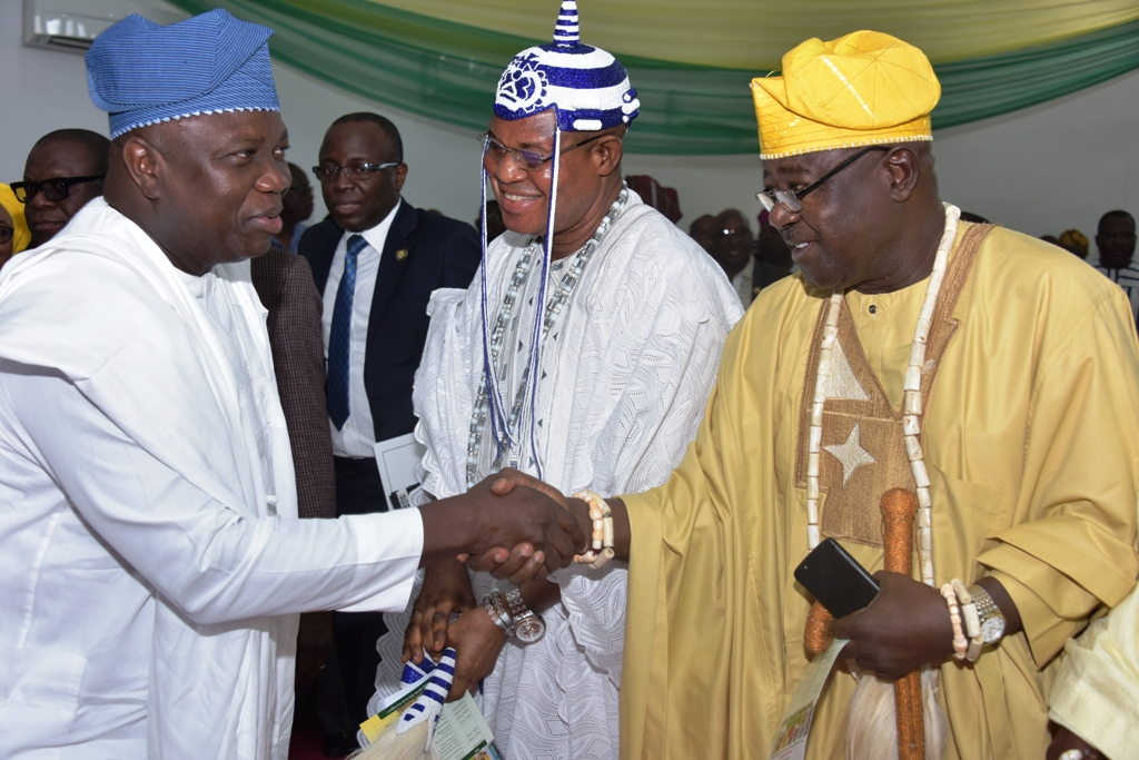 Lagos State Governor, Mr. Akinwunmi Ambode, with Oniworo of Iworo-Awori Kingdom, Oba Oladele Idris Kosoko and Agagun of Imeke Kingdom, Oba Abraham Olatunji Ogabi during the inauguration of Oil Producing Areas Community Relations Committee at the VIP Chalet, Badagry, on Thursday, November 9, 2017.