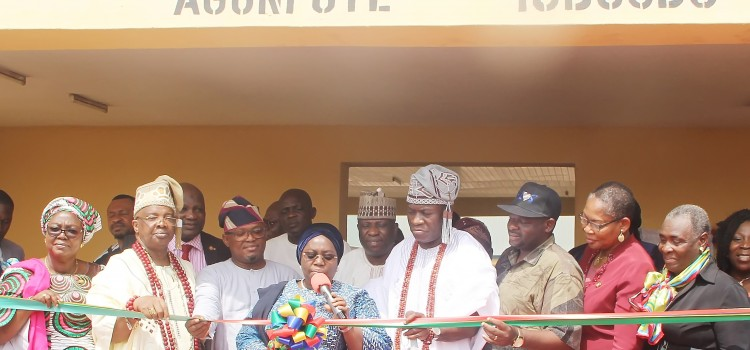 Lagos State Government Inaugurates New 20 Classrooms  Pry Sch, Girls Model College in Ikorodu