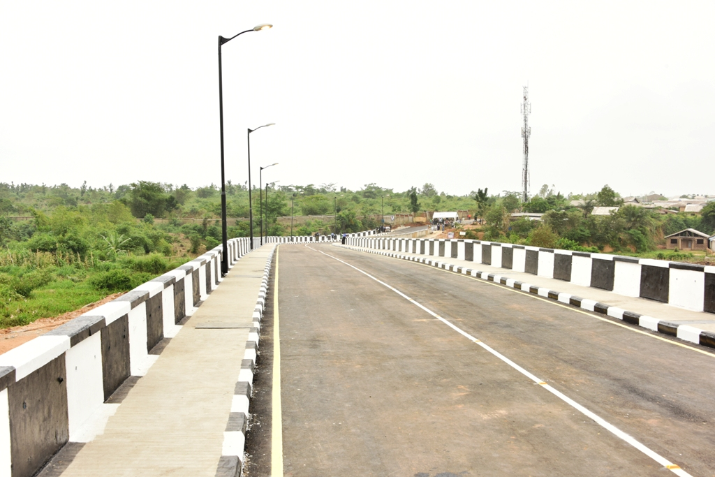 The newly commissioned Ikola Bridge (Old Odo Obasanjo Bridge) as part of the 21 Lagos-Ogun Boundary Network Roads in Alimosho Local Government by Governor Akinwunmi Ambode, on Monday, April 2, 2018.