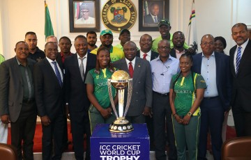 Governor Ambode Receives ICC Cricket World Cup Trophy In Lagos