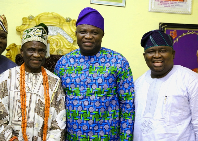 L-R: Olu of Epe, Oba Sefiu Olatunji Adewale, Lagos State Governor, Mr. Akinwunmi Ambode and Senator representing Lagos West Senatorial District, Senator Adeola Olamilekan Solomon