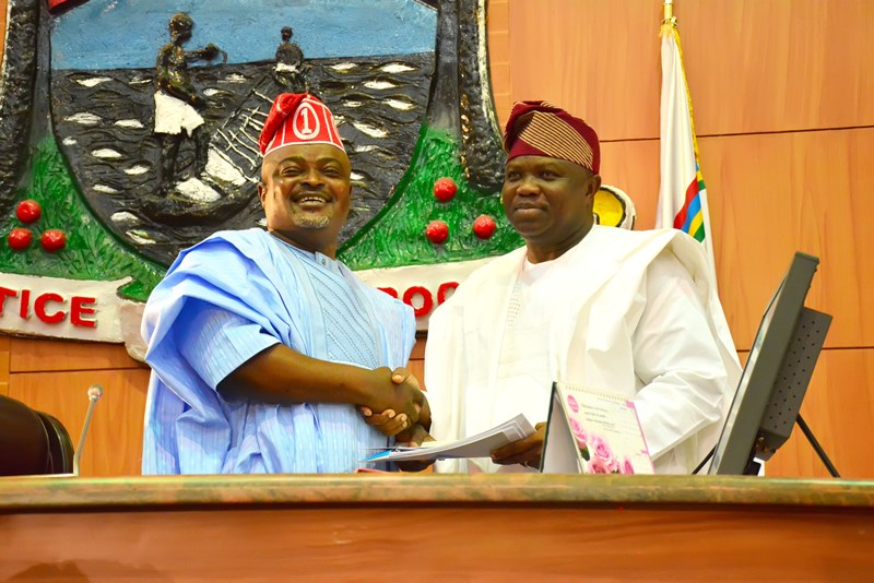 Lagos Assembly Approves Ambode's N662.588bn Y2016 Budget