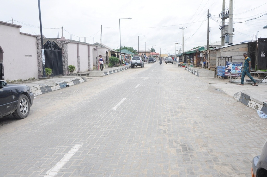 This is Oribanwa–Lakowe Link Road in Ibeju-Lekki Local Government. The new road is 500m long and 10m wide.