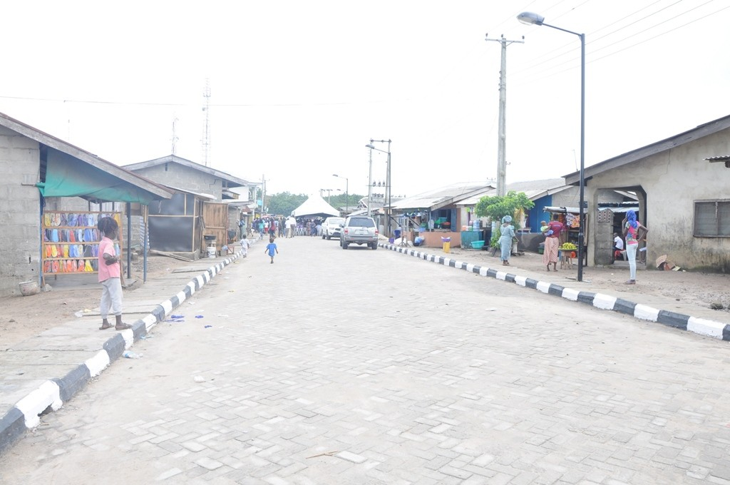 This is Eleko–Iberekodo Road in Ibeju-Lekki Local Government. The new road is 650m long and 7.5m wide.