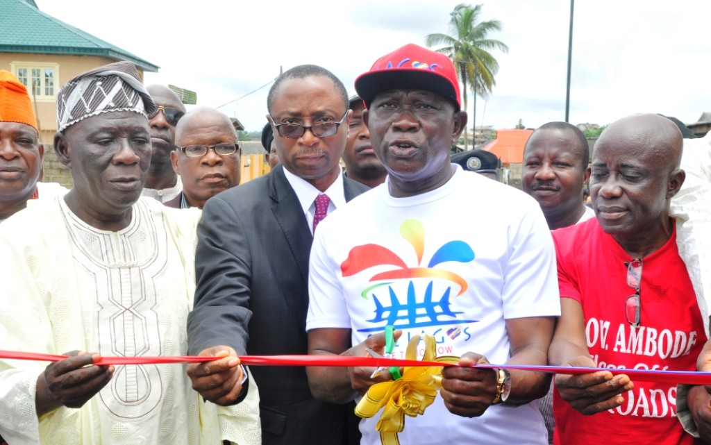 The road in Ajijolaiya Street, Epe LG has been completed and commissioned.