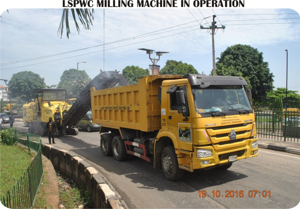 lspwc-milling-machine-in-operation