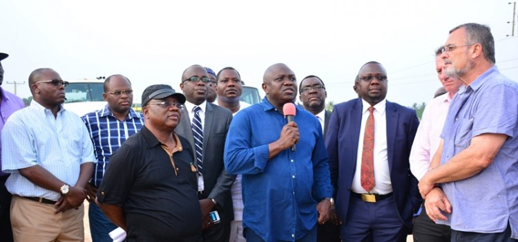 Pictures: Governor Akinwunmi Ambode Inspects On-Going Projects In Epe