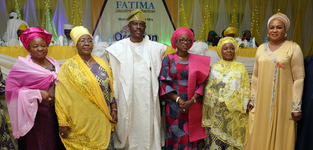 "Wife of the Governor of Lagos State, Mrs. Bolanle Ambode (3rd right); President Fatima Charity Foundation, Chief (Mrs.) Bintu-Fatima Tinubu (2nd right); Rep. of Hon. Mulikat Akande-Adeola (r); chairman of the occasion, Sen. Musiliu Obanikoro (3rd left); fmr. Dep. Governor, Alhaja Sinatu Ojikutu (2nd left); and COWLSO member, Alhaja Ronke Solomon, during the foundation's annual prayer, tagged ""Prayer for the Nation"", at the City Hall, Lagos, on Wednesday, 24th January, 2018."