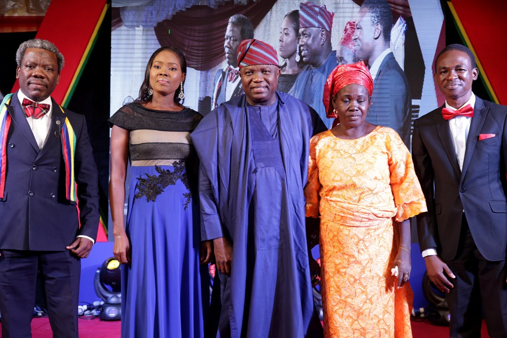 Lagos State Governor, Mr. Akinwunmi Ambode (middle), with some of the outstanding Public Servants, Mrs. Abosede Fasaye in Ministry of Justice (2nd left); Mr. Adesina Sogo Osikoya from Egbe Idimu Local Council Development Area (left); Mrs. Taiwo Iyabo Oguntola from Civil Service Commission (2nd right) and Mr. Tolulope Joseph Odusanya from Education District I (right) during a special dinner in honour of outstanding Public Servants in the State at Lagos House, Alausa, Ikeja, on Monday, June 25, 2018.