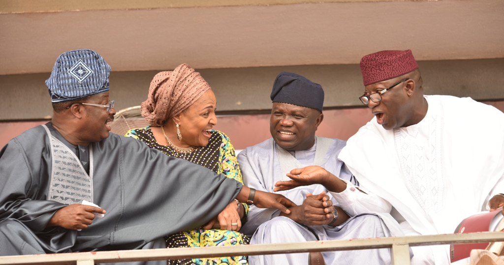 Lagos State Governor, Mr. Akinwunmi Ambode (2nd right); his Ekiti State counterpart, Dr. Kayode Fayemi (right) and Governor Abiola Ajimobi of Oyo State (left) and his wife, Florence during the swearing-in ceremony of Mr Gboyega Oyetola as new Governor of Osun State in Osogbo, on Tuesday, November 27, 2018.
